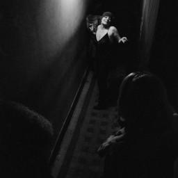 Scatti intimi di prostitute negli anni '70 a Parigi